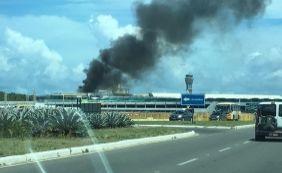 [Incêndio no Aeroporto de Salvador assusta passageiros]
