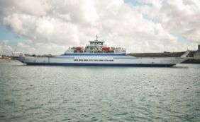 [Fila para embarcar no Ferry é de até 2h30 nesta sexta de Carnaval]