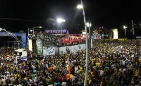 [Policial é preso após atirar em folião durante carnaval na Barra]
