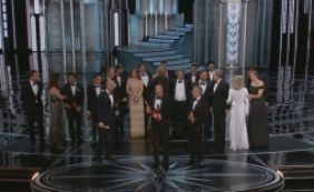 [Em premiação com gafe histórica, 'La La Land' leva seis estatuetas no Oscar]