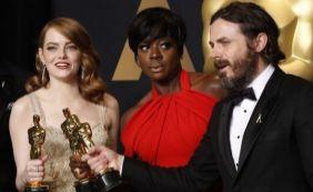 [Após ganhar Oscar de melhor ator, Casey Affleck responde a criticas]