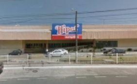 [Supermercado é arrombado na Avenida Garibaldi; bandidos levaram celulares]