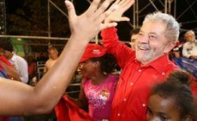 "[""Lula estaria garantido no segundo turno"", analisa cientista político]"
