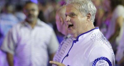 Presidente da Portela recebe alta depois de passar mal na Sapucaí