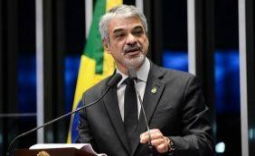 [Senador diz que governo Temer agrava a crise e aposta em Lula em 2018]