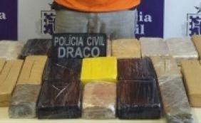 [Homem é preso tentando sair de Salvador com 23 kg de drogas escondidos em carro]