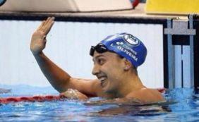 [Nadadora Larissa Oliveira sofre acidente e é operada]