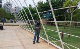 [Estrutura de metal passa por manutenção no Parque da Cidade]