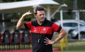 [Argel diz que jogo contra o Botafogo-PB foi o melhor do Vitória na temporada]