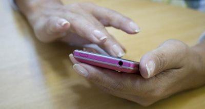Novo aplicativo localiza celular roubado e ainda tira foto do ladrão; entenda