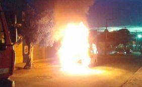[Motorista abastece e veículo escolar pega fogo no oeste da Bahia]