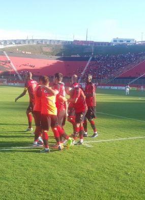 Vitória vence a Jacuipense por 1 a 0 e mantém 100% no Campeonato Baiano