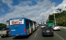[Motoristas enfrentam retenção nas principais vias; confira o trânsito ]