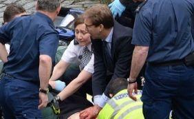 [Policial esfaqueado durante atentado em Londres morre no hospital]