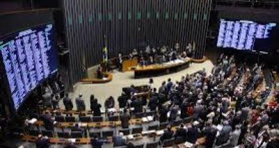 PL da Terceirização: 13 deputados baianos votaram contra e 19 a favor; confira