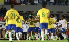 [Paulinho faz três e Brasil goleia o Uruguai fora de casa por 4 a 1]