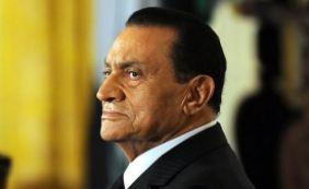 [Ex-presidente egípcio Hosni Mubarak é solto após seis anos ]