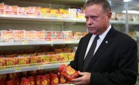 [China anuncia retomada das importações de carne brasileira]