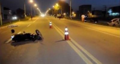 Dois motociclistas morrem após um deles invadir contramão na BR-101