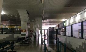 [Por causa da chuva, parte do teto do Terminal Rodoviário de Jequié desaba]