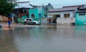 [Chuva deixa 20 famílias desabrigadas em Alagoinhas]