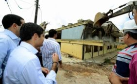 [Escola em São Cristóvão é demolida; nova estrutura custará R$ 2,1 milhões]