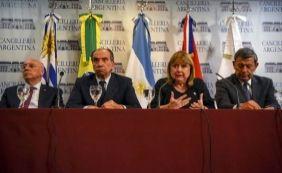 [Após reunião, chanceleres analisam expulsão da Venezuela do Mercosul]