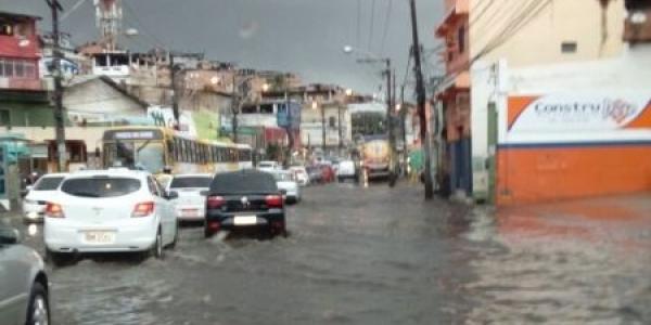 [Terça-feira é de mais chuva em Salvador; confira previsão ]