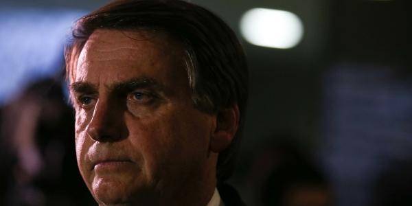 [Bolsonaro critica gasto federal com indígenas e diz que quilombolas 'não fazem nada']