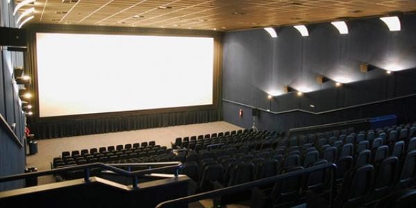 [Shopping da Bahia recebe Sessão Azul de cinema para crianças autistas]