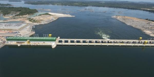 [Justiça suspende licença de operação da Usina de Belo Monte]