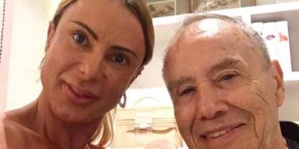 [Mulher de Stênio Garcia sai do coma: \'Voltou a falar e reconheceu o médico\']
