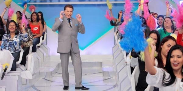 [Silvio Santos anuncia que vai passar comando do SBT para filhas]