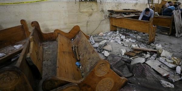 [Presidente do Egito declara estado de emergência após explosões em igrejas]