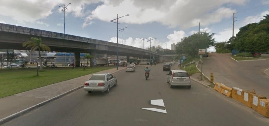 [Suspeitos de assalto na Rótula do Abacaxi são mortos em confronto com a polícia]