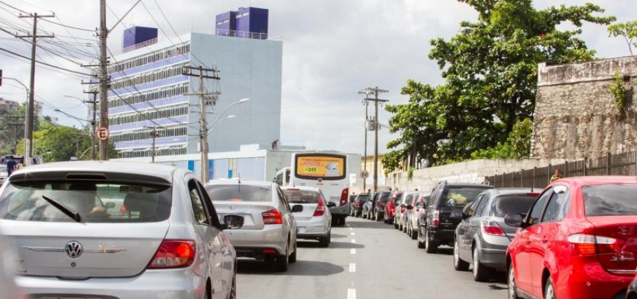 [Motorista espera até 1h30 para embarcar no ferry em Salvador; confira]