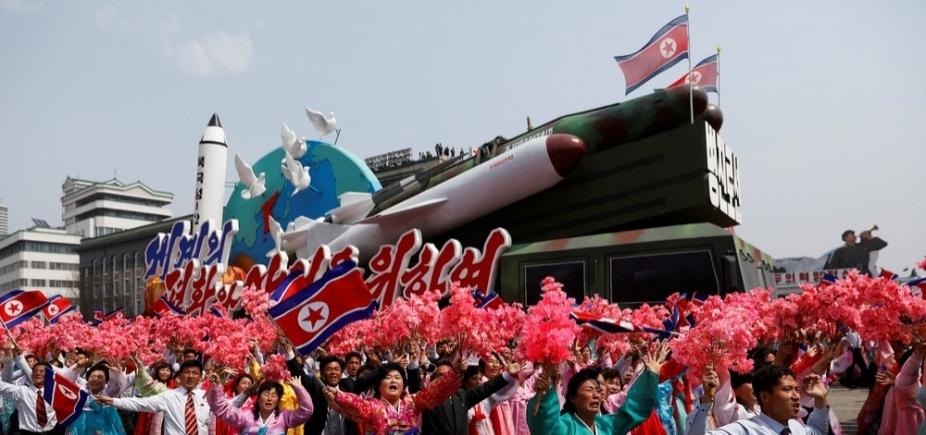 ['Dia do Sol': Coreia do Norte faz demonstração de armamento militar e manda recado aos EUA]