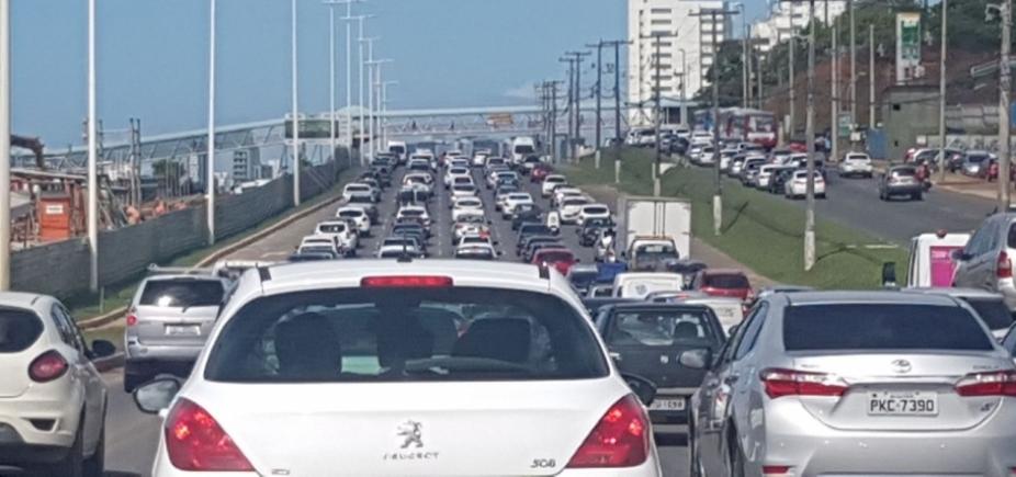 [Retorno do feriadão deixa trânsito complicado em Salvador; confira ]