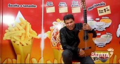 Comercial com Maurício Mattar vendendo batata frita viraliza na web; veja