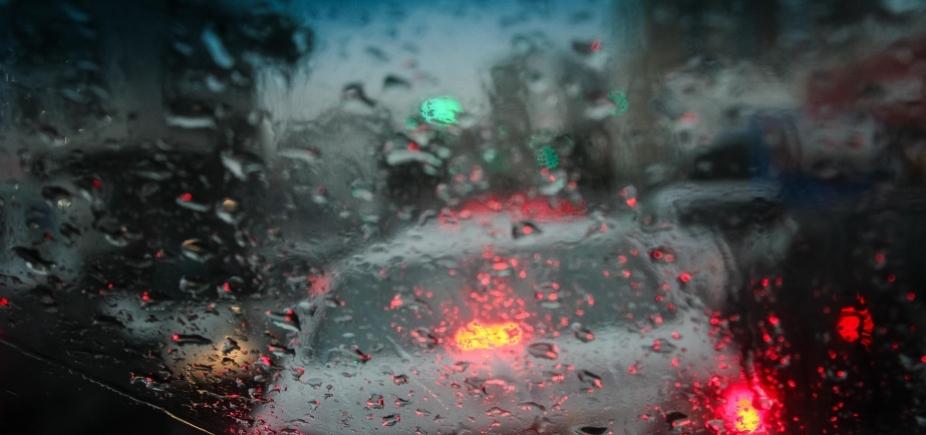 [Chuva em Salvador: Codesal recebe 24 solicitações de emergência nesta quinta]