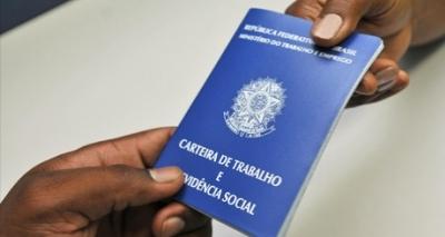 Brasil volta a apresentar queda no número de postos de emprego formal em março