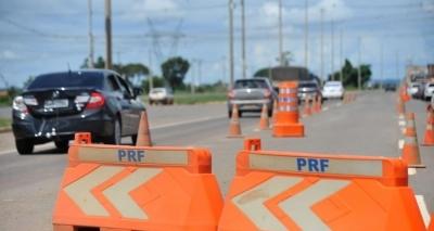 PRF e PRE reforçam policiamento nas rodovias da Bahia para feriado