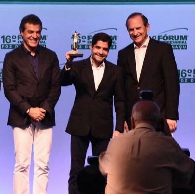 ACM Neto é premiado como Personalidade da Gestão Pública do ano