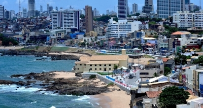 Salvador tem 15 praias impróprias para banho neste fim de semana; veja lista