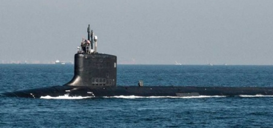 [Submarino nuclear americano chega à Coreia do Sul ]