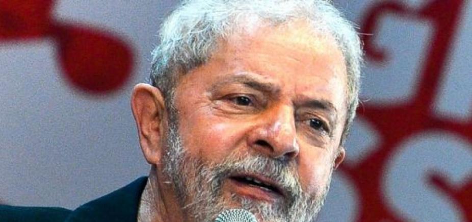 [ Sergio Moro adia depoimento de Lula a pedido da Polícia Federal]