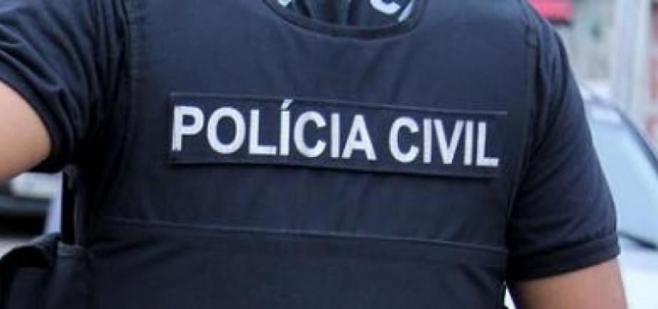 [ Operação da polícia cumpre mandados contra acusados de fraudes com veículos ]