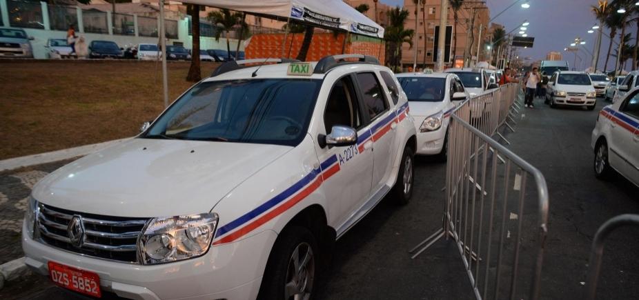 [Prefeitura vai disponibilizar táxis para que servidores não faltem nesta sexta-feira ]