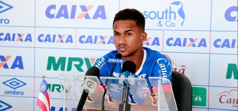 [Lateral do Bahia critica violência no Ba-Vi: \'Somos jogadores de futebol e não lutadores\']