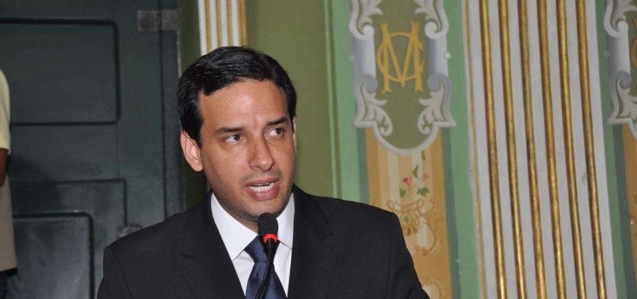 [Leo Prates elogia determinação de vereadores em ficar no PT: \'É mérito, não demérito\']
